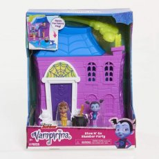 Vampirina Stow N 'Go Slumber Party-speelset