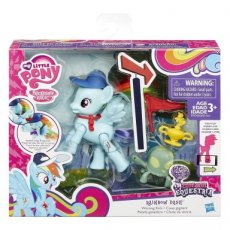 My Little Pony Action Play Pack Poseable Pony Winning Kicks Rainbow Dash