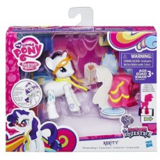 My Little Pony Action Play Pack Poseable Pony Dressmaking Rarity